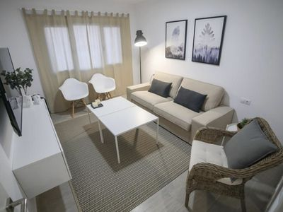 Photo for Spacious apt with balcony and Wifi