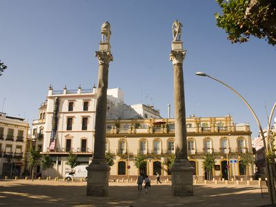 Photo for APARTMENT IN THE OLD TOWN OF SEVILLE