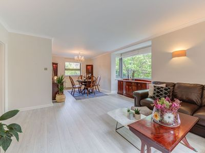 Photo for Upscale 3Bedroom Apartment in Holland Park with Private Parking