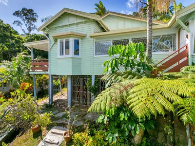 Photo for Botanical View Queenslander - Three Bedroom Tropical House