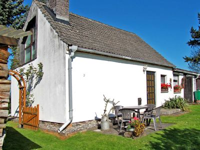 Photo for Cottage with garden and 2 terraces - cottage
