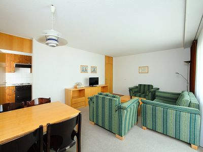 Photo for Apartment in the center of Davos with Lift, Parking, Balcony, Washing machine (49511)