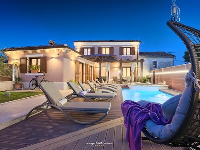 Photo for Beautiful villa with private pool and hydromassage