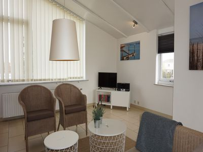 Photo for House, 6 persons, family friendly, WiFi, close to the beach, in holiday park