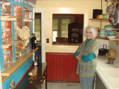 Great Galley Kitchen with coffee bar and everything you need. Minus Chef Sue.