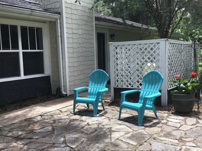 Side patio seating