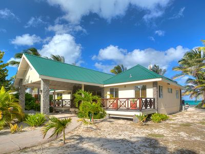 Photo for 3BR Villa Vacation Rental in Palm Island, Grenadines