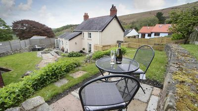 Photo for Glenview, Llanmadoc - Two Bedroom House, Sleeps 3