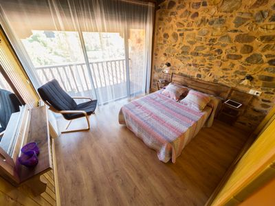 Photo for Cheerful house up to 4 pax. one step away from León and surrounded by nature