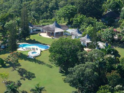Photo for Pavillion - Ideal for Couples and Families, Beautiful Pool and Beach