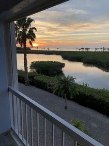 Photo for 2/2 1000 sq ft condo (fully furnished) with beautiful Florida Bay Sunset Views