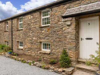 Photo for Jay Bee Cottage -  Two-bed riverfront cottage (Dog-friendly)