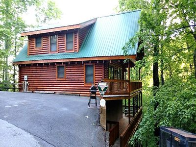 Photo for Great Value perfect couples getaway in this 2BR/2BA log home with all the amenities. Great Views.