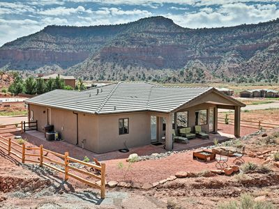 Photo for NEW! Kanab Home w/Resort Amenities-Drive to Zion!