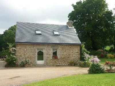 Photo for Cottage in the countryside near the canal de nantes in brest