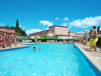 Photo for 3 bedroom Apartment, sleeps 8 in Saint-Cyprien-Plage with Air Con and WiFi