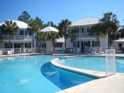 Photo for 30A bungalow-Everything you need right here.  Great pool, close to the beach.