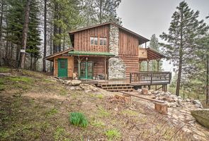 Photo for 2BR Cabin Vacation Rental in Garden Valley, Idaho