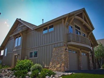 Photo for 20% off; Luxury home w/ mountain/creek views; sauna/steam room; upscale/peaceful
