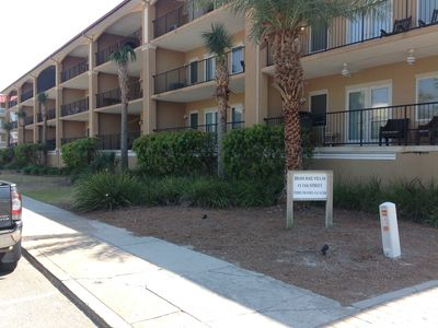 Limited September Special : Spacious Brass Rail Condo w Ocean View!