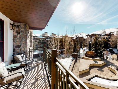 Photo for Bright condo w/mountain views and access to shared amenities - close to skiing!
