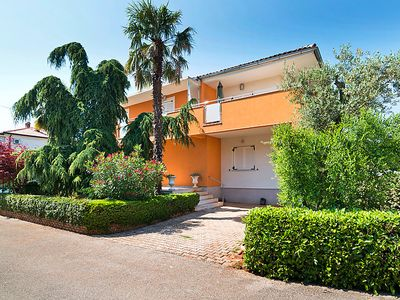 Photo for 2 bedroom Apartment, sleeps 4 in Umag with Air Con and WiFi