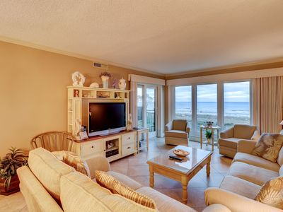 Photo for Waterfront condo boasting a shared pool, hot tub, ocean view - near the beach!