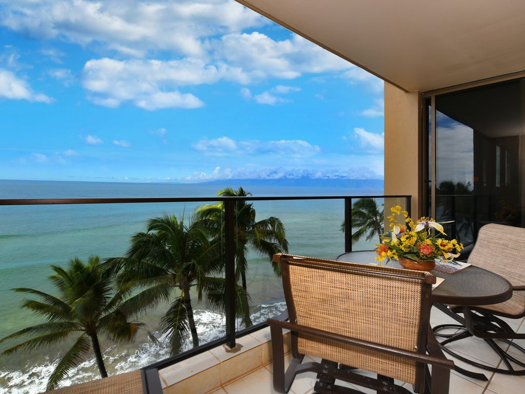 Maui Oceanfront Luxury Hawaiian Style On The Water At