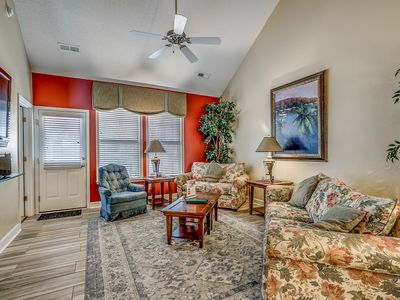Photo for Spacious Townhouse Located at Barefoot Golf Resort + FREE DAILY ACTIVITIES!