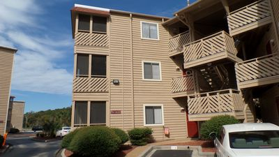 2 bedroom condo directly across boulevard from beach access, outdoor pool