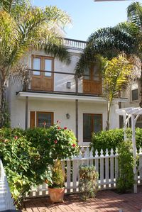 Charming Beach One-Bdrm, Now Available January 17 and on...  Great Rates!!
