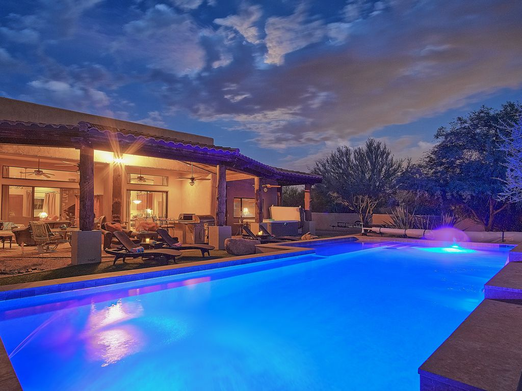 PRIVATE ESTATE-LARGE HEATED POOL-2 SPAS-INS... - VRBO