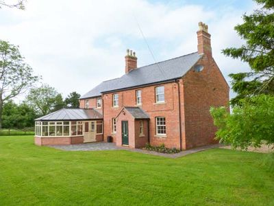 Photo for Hall Cottage, HATTON, LINCOLNSHIRE