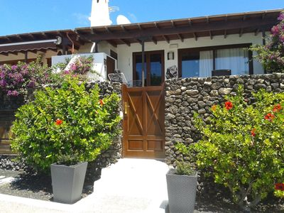 Photo for Holiday villa in playa blanca with a panoramic sea view