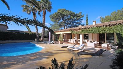 Photo for Villa T5 - 8 people - Private swimming pool - WiFi - Air conditioning - Close to the beach - Grimaud