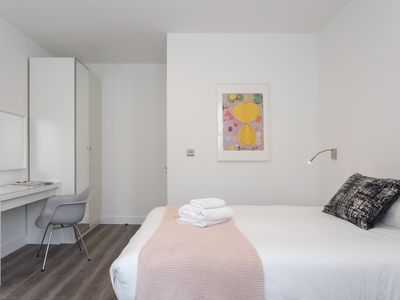 Photo for Bright Apartment 10 minute walk to Camden Market (4)