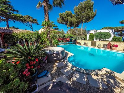 Photo for INDIVIDUAL VILLA / 6 BEDS / SEA VIEW / 2 SWIMMING POOLS / JACUZZI / 6 PEOPLE.