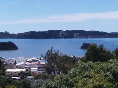Photo for Motu Tiro - Maori for 'Island View' in Paihia ~ Overlooks Paihia Township
