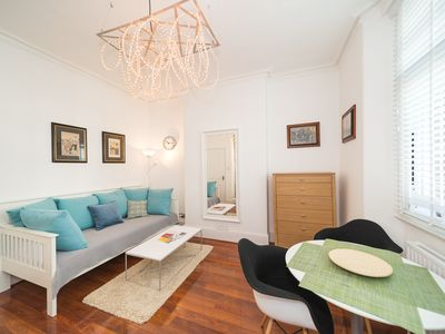 Photo for Superb One-Bedroom Apartment