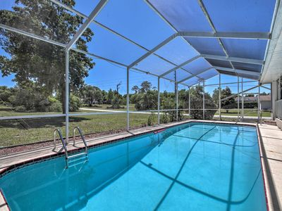 Photo for Spring Hill Home w/ Lanai - 1.6 Mi to Weeki Wachee