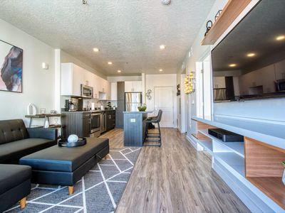 Photo for Luxury Apartment 5 minutes away from Downtown SLC