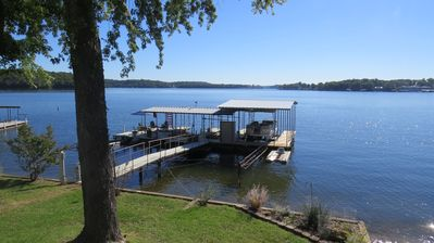Photo for Wonderful Lakefront 4 Bedroom House / Heron House