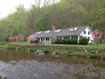 Gooney Lodge in early spring