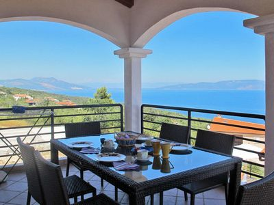 Photo for 5 bedroom Villa, sleeps 10 in Ravni with Air Con and WiFi