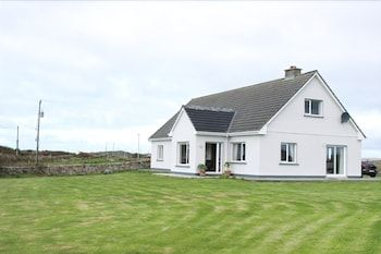 Photo for Foregloss Cottage, Ballyconneely