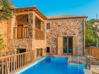 Photo for Villa Elaina - Beautiful Sunset Villa with Air Conditioning, Private Pool and Spectacular Sea Views, right above the Beautiful Mylos Beach ! FREE WiFi