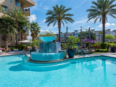 Photo for ❤NEW~WALK to Restaurants & shopping~ Cal King Beds~Scenic RoofTopDeck~Cable~WIFI
