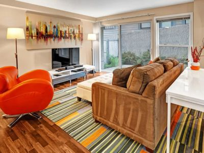 Photo for Spacious, Modern 2 Bedroom Apartment in Fremont