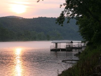 Photo for White River Vacation Lodge - right on the bank with breathtaking scenery (L1).