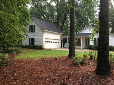 Photo for Private Home convenient to Pinewood Studio, Peachtree City, Walking Dead.